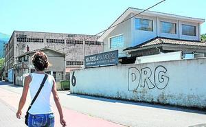 El alcalde de Llodio reconoce que la reforma del matadero superará los 180.000 euros