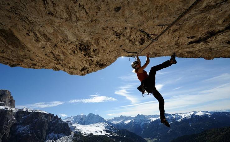 Las acrobacias de Angelika Rainer