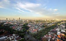 Jakartak Indonesiako hiriburu izateari utzi egingo dio