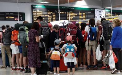 Las vacaciones de agosto terminan con huelgas en Renfe, Ryanair y los aeropuertos