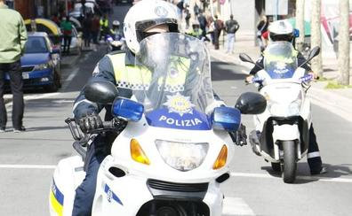 Detenido por agredir, insultar y quitarle el móvil a su pareja en Vitoria