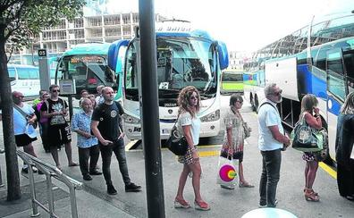 La conexión Bilbao-Castro Urdiales gana vigor con casi 800.000 viajeros en autobús al año