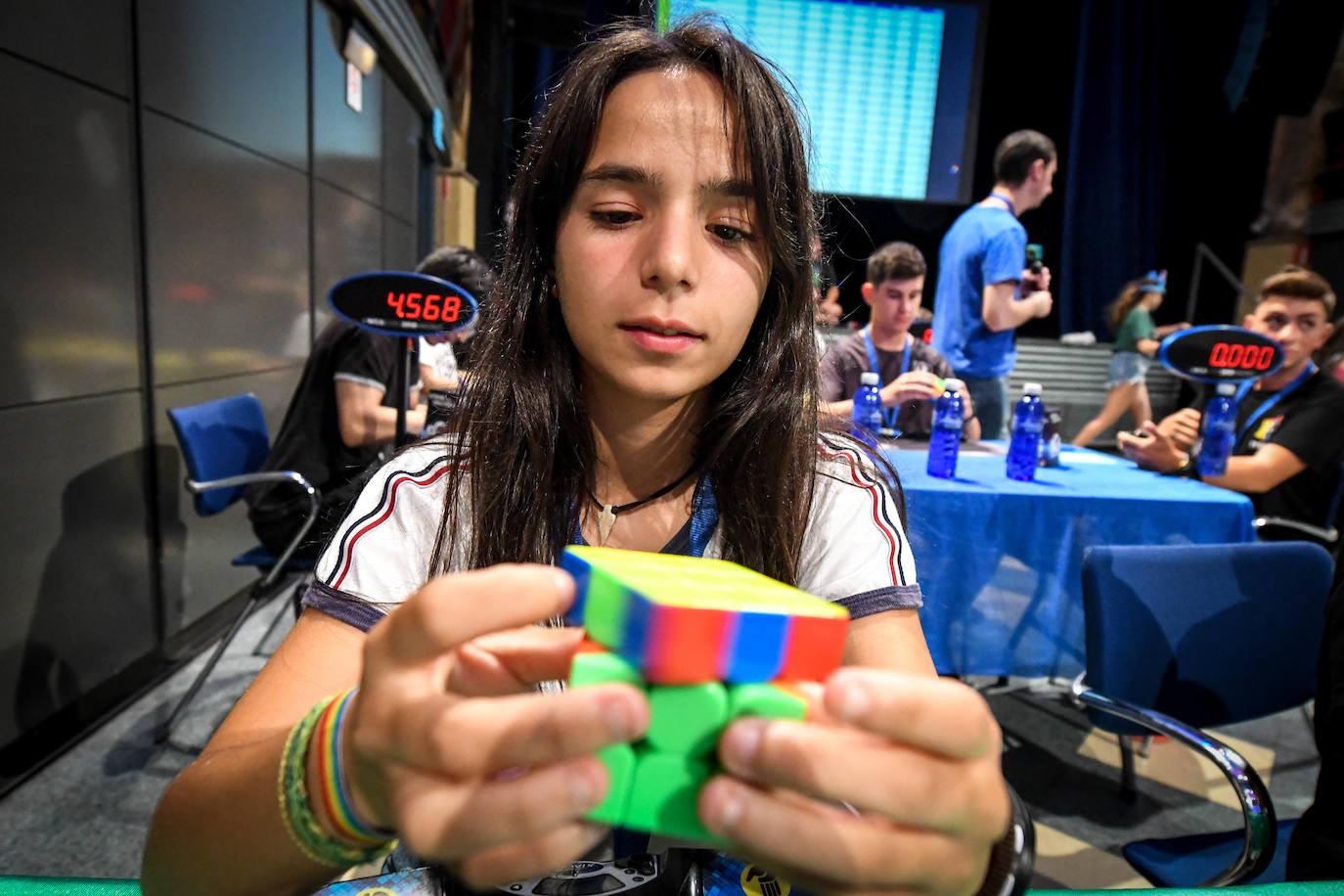 Bilborock acoge a los maestros del cubo de Rubik