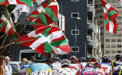 EH Bildu insta a acudir con ikurriñas a la Vuelta a su paso por Bilbao