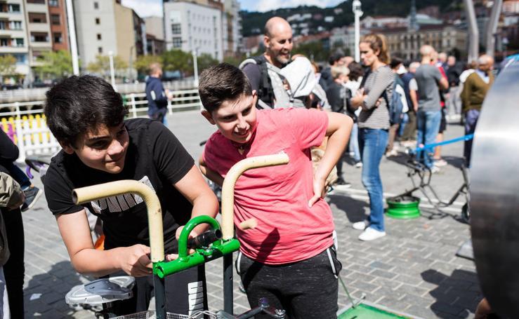 Las imágenes de la fiesta de Fekoor en el Arenal de Bilbao