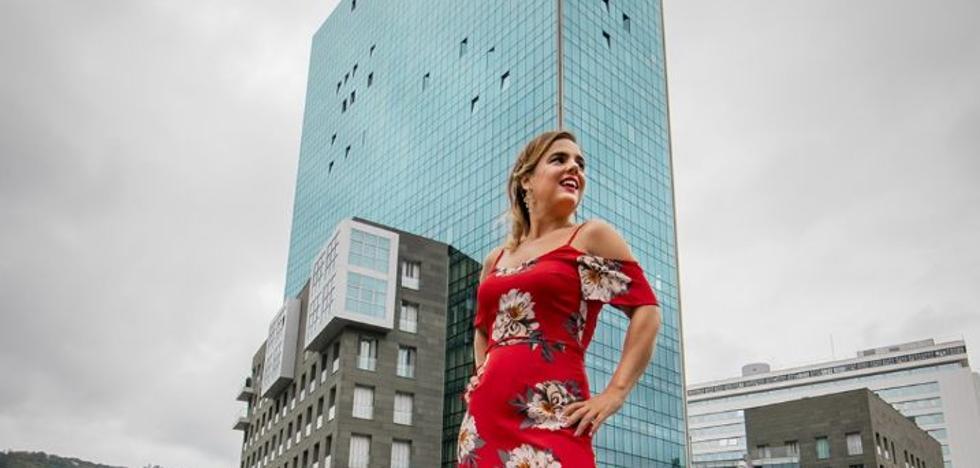 Vestidos especiales que tiñen de rojo Bilbao