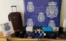 Detenidos 20 aluniceros por desvalijar 32 tiendas de telefonía en ciudades de toda España