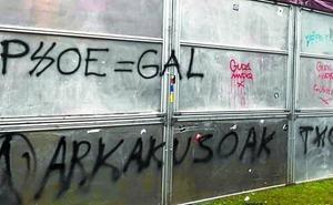El PSE contena el ataque a su txosna en las fiestas de Arrate