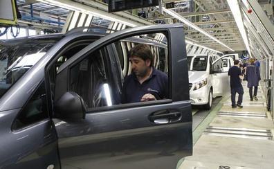 Inmigración y el sector del automóvil, prioridades vascas para controlar al Gobierno