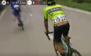 Mikel Bizkarra pierde el sillín en plena etapa