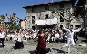 Nazioarteko 16 herrialdetako 50 Euskal Etxek baino gehiagok egin dute bat Euskal Diasporaren Egunarekin