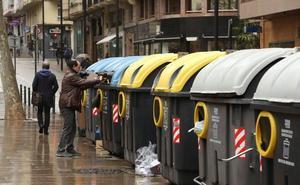 Hacienda plantea subir «paulatinamente» el recibo de las basuras y otros precios públicos