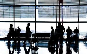 ¿Quién paga cuando el retraso del vuelo es enorme?