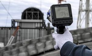 Fukushimako hondamendi nuklearrean kutsatutako ura itsasora isurtzea aztertzen dago Tokioko Konpainia Elektrikoa