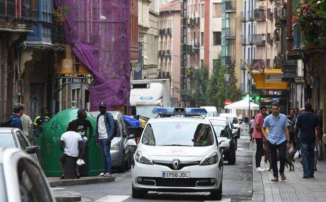 Dos ertzainas heridos leves y dos detenidos en un nuevo enfrentamiento en San Francisco