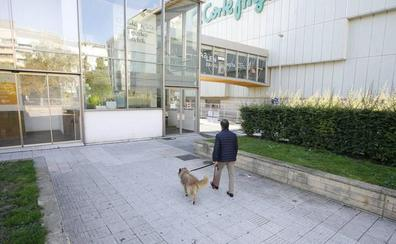 Piden 12 años de cárcel para el agresor sexual de la plaza de Santa Bárbara, en pleno centro de Vitoria