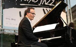 Iñaki Salvador euskal musikariak Mikel Laboa omenduko du Japoniako Kanazawa Jazz Street jaialdian