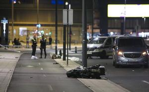 Un motorista pierde la vida tras colisionar su vehículo contra un turismo frente a El Boulevard
