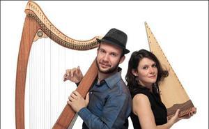Ensemble Sangineto taldea Santa Maria katedraleko atarian izango da bihar
