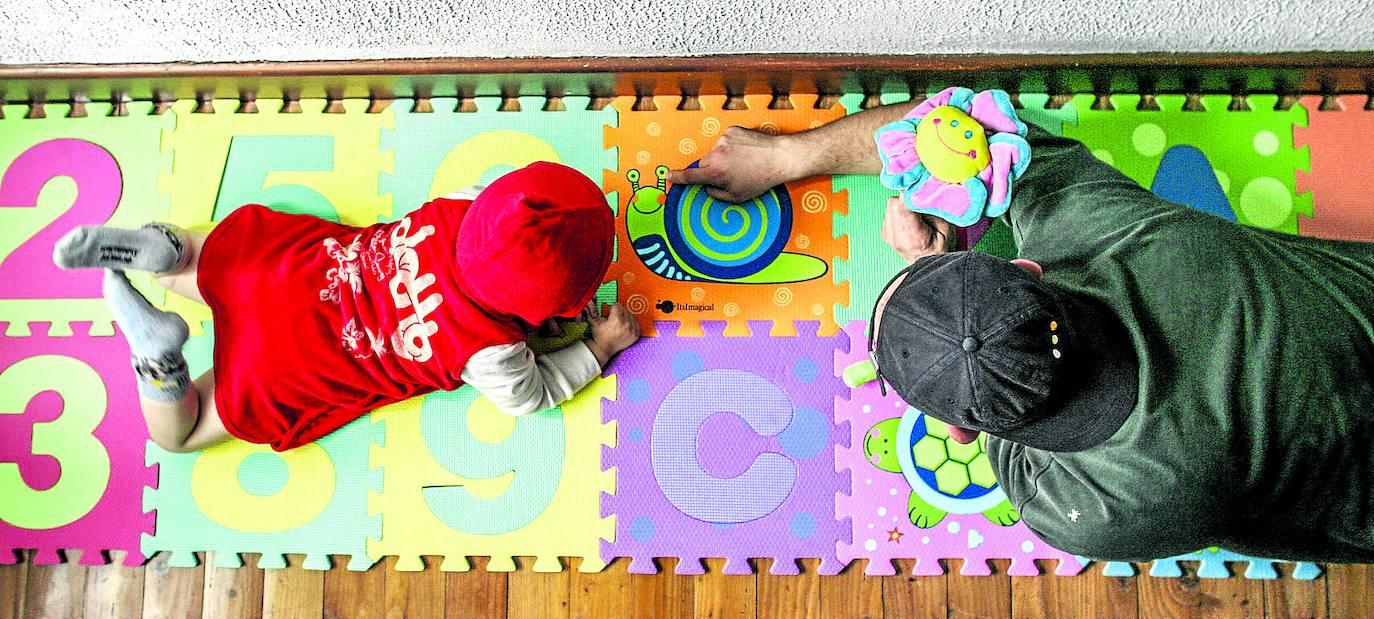 Vitoria pondrá educadores a domicilio para dar pautas a las familias con niños de 0 a 3 años