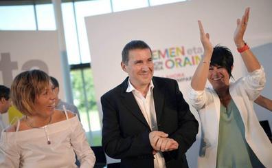 Larrion deja el Parlamento vasco para centrarse en el Ayuntamiento de Vitoria