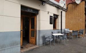 El dueño del bar de Santutxu donde se originó una trifulca: «Me da mucha rabia que los críos viesen algo así»