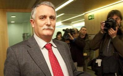El exdirector de Hacienda Víctor Bravo se enfrenta a 9 años de cárcel acusado de fraude fiscal