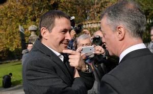 Urkullu pide a Bildu una reflexión «crítica» y «explícita» de la violencia de ETA