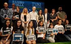 Herminia Luque y Jokin de Pedro ganan el certamen Ramiro Pinilla de Getxo