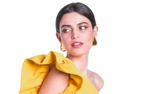 Ya puedes alquilar los vestidos de invitada por los que suspirarían Victoria Beckham, Amal Clooney o Inés Domecq