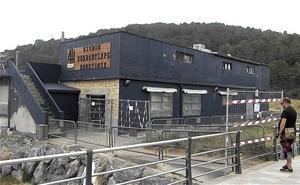 Precintan en Gorliz para su derribo uno de los últimos restaurantes de Bizkaia situados a pie de playa