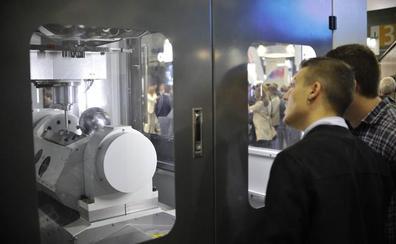 Makina Erremintaren Bienala aurkeztu dute Hannoverko EMO azokan