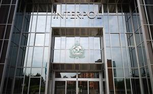 Interpol detecta terroristas en las rutas migratorias del Mediterráneo