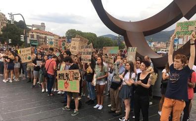 La juventud vizcaína también se alza contra el cambio climático