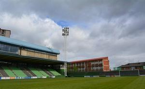 El estadio de Las Llanas tendrá nueva iluminación a mediados de 2020