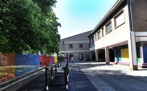 Profesores y padres censuran el «caótico» inicio de curso por la nueva gestión de las bajas