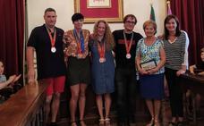 Santurtzi homenajea a Eider Fuentes, su campeona mundial de natación máster