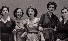 Con Elena Francis, la primera influencer de España, muchas de nuestras madres y abuelas crecieron educadas en la violencia machista