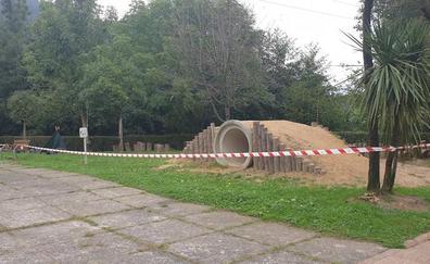 Familias de Atxondo reclaman informes de las irregularidades en el nuevo parque