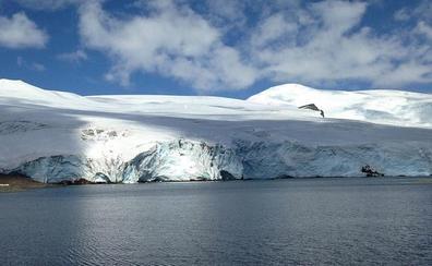 Boluntarioen bila, Antartikan mikroplastikoak batzen laguntzeko