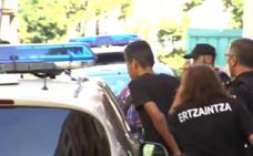 Una joven denuncia abusos en Matiko y pide «paralizar» el proceso al no poder identificar a los agresores