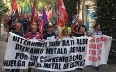 Los metalúrgicos muestran su indignación con Urkullu