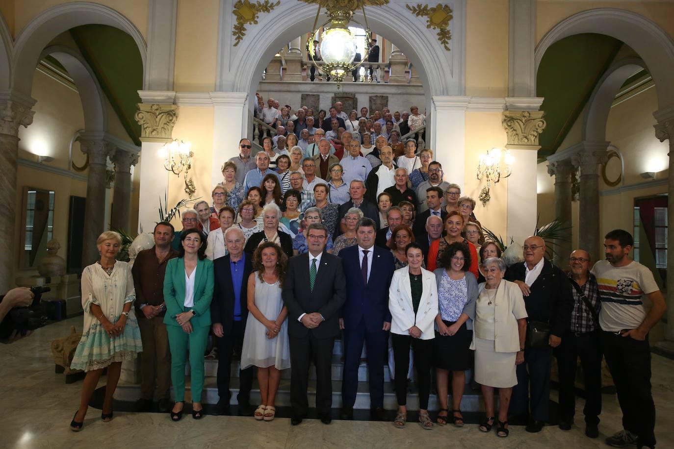 Bilbao rinde homenaje a sus asociaciones de mayores