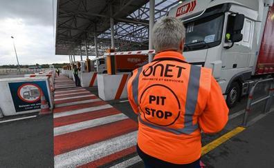 Detienen a un alavés en el eurotúnel con dos inmigrantes ocultos en su coche