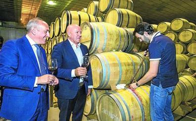 La Diputación evita criticar a ABRA pero dice que las bodegas no quieren romper con Rioja