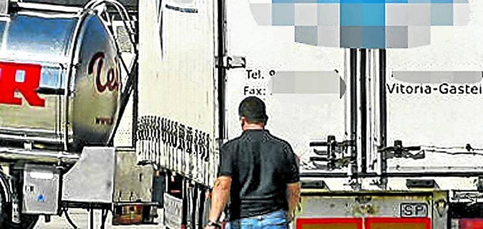 Aparece intacto el remolque robado en Vitoria con motores de Mercedes