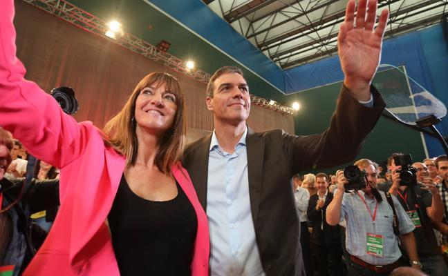 Pedro Sánchez se compromete en Barakaldo a «reforzar» el autogobierno