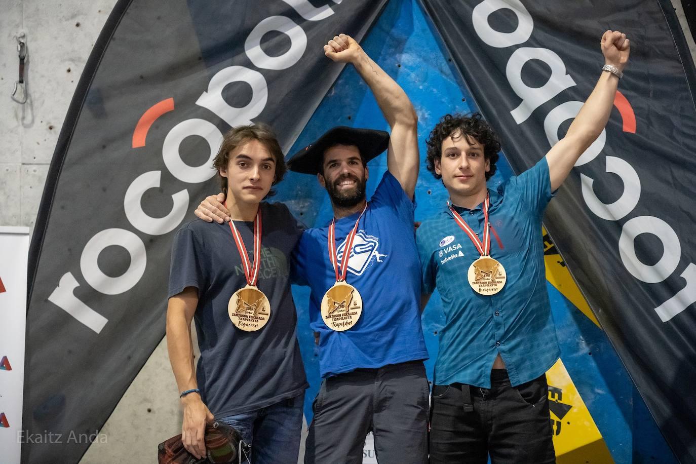 Irati Zabala, Gorka Ruiz e Iñaki Arantzamendi, campeones de Euskal Herria de escalada