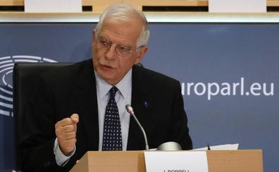 Borrell pasa el examen en la Eurocámara