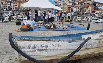 Retiran 5.000 kilos de basura de los puertos y playas de Bermeo, Mundaka y Lekeitio